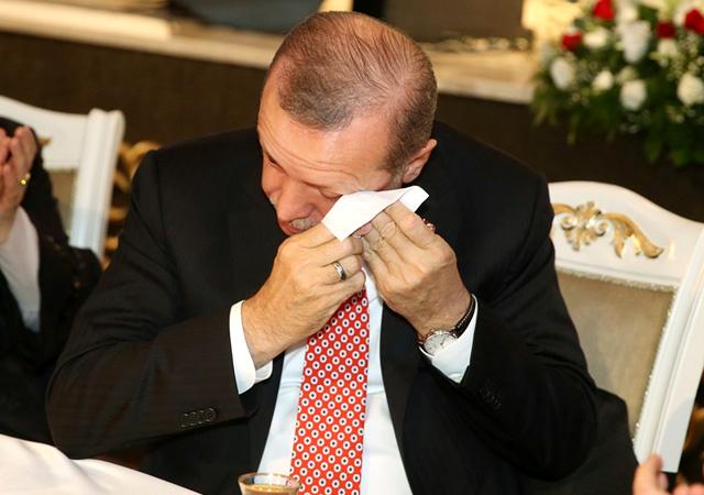 Cumhurbaşkanı Erdoğan'ı ağlatan video!
