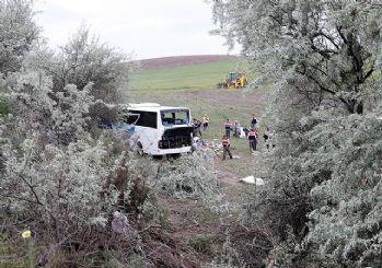 Bu kez de şoför uyudu: 8 ölü, 34 yaralı