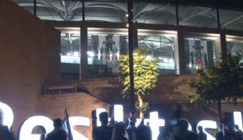 Vodafone Stadyumu, 3 yıldızlı bayraklarla donatıldı