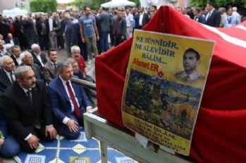 Ahmet Er son yolculuğuna uğurlandı
