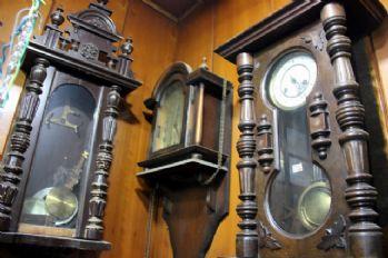Otomobil fiyatına antika saat