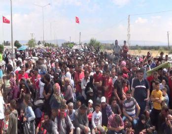 Ülkelerine giden Suriyelilerin sayısı 30 bini aştı