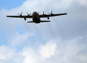 İncirlik'te tahliye öncesi askeri uçuş trafiği arttı