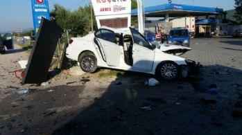 Kamyonet dehşet saçtı: 1 ölü, 4 yaralı
