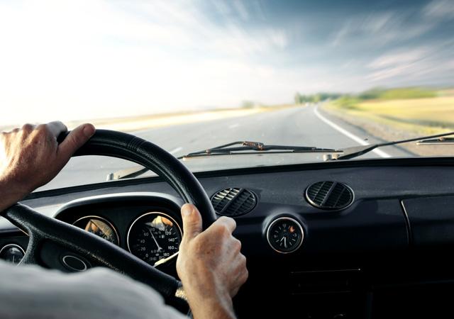 Cep telefonu kullanan sürücüye ağır ceza