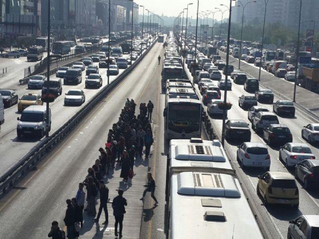 İstanbul'da hafta sonu 15 - 16 Temmuz ulaşım ücretsiz