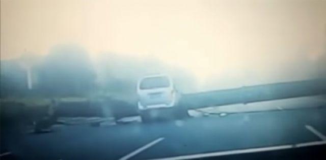 Vinç minibüsün üzerine devrildi: 7 ölü, 3 yaralı