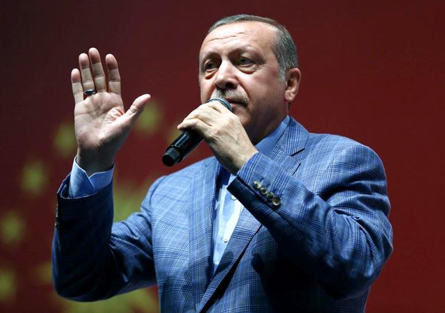 Cumhurbaşkanı Erdoğan'dan 15 Temmuz şehitleri için 'Söyle Çocuk' Şiiri!