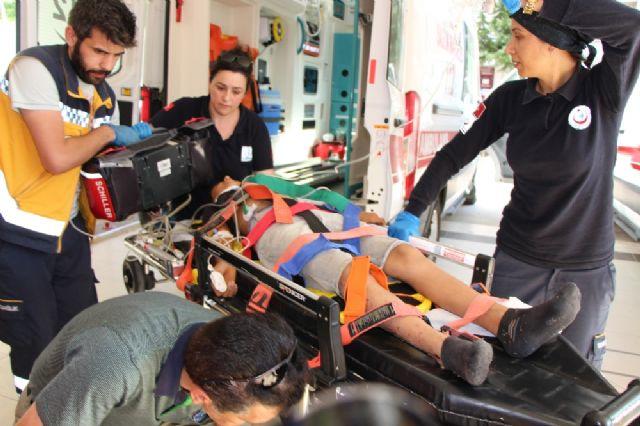 Feci kaza: 2 ölü, 8 yaralı