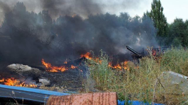 Ankara'da belediyenin hurda deposunda yangın