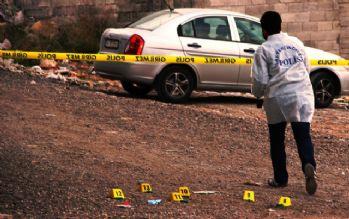 Otomobilde çifte infaz