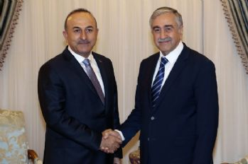 Bakan Çavuşoğlu, Akıncı ile görüştü