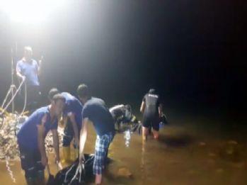 Şakalaşırken gölete düştüler: 2 ölü