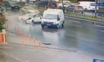 Beyoğlu'nda korkutan kaza kamerada