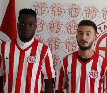 Antalyaspor, Rennie ve Anıl ile yolları ayırdı