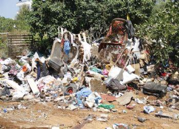 5 evden 38 kamyon çöp çıktı