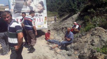İETT otobüsü ile hafriyat kamyonu çarpıştı: 12 yaralı