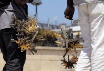 Fransa'da seyyar satıcı anahtarlıkla polisleri dövdü