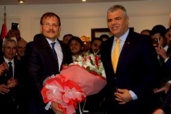 Kaynak, görevini Hakan Çavuşoğlu'na devretti