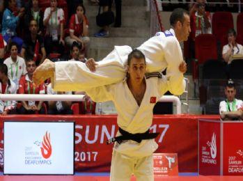 Türkiye'ye ilk altın judodan
