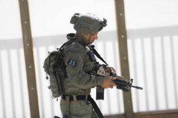 İsrail'i protesto eden 22 Filistinli yaralandı