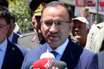 Başbakan Yardımcısı Bozdağ'dan İsrail'e 'Mescidi Aksa' tepkisi