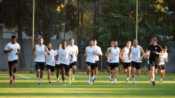 Galatasaray yeni sezon hazırlıklarına devam etti