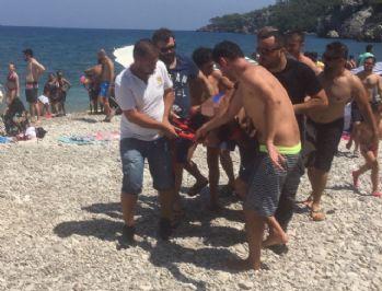 Çocuklar fark etti, zabıta denizden çıkardı