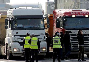 İstanbul'da rüşvet operasyonu: 60'ı trafik polisi 102 gözaltı