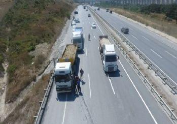 Jandarmanın hafriyat kamyonlarına yönelik uygulaması havadan görüntülendi