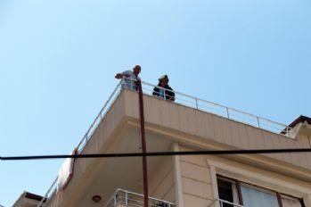 Ankara'da 14 kişinin kaldığı dairede yangın
