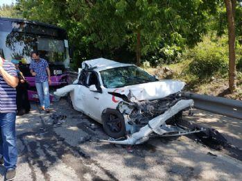Üsküdar'da freni boşalan otobüs 10 araca çarptı: 11 yaralı