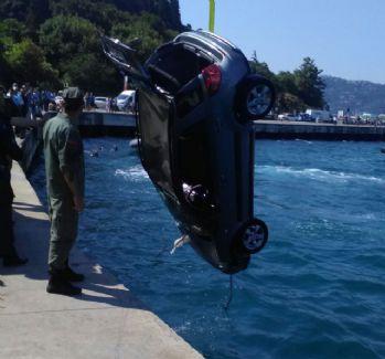 Kontrolden çıkan araç denize uçtu