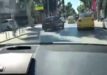 Trafik magandası arabası kamerada !