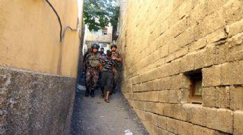 Gaziantep polisinden uyuşturucu satıcılarına şafak baskını