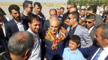 Bakan Fakıbaba'ya memleketinde coşkulu karşılama