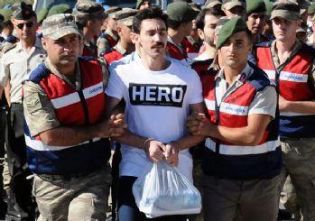 Darbe sanığına 'hero' tişörtünü kimin yolladığı ortaya çıktı