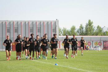 Eskişehirspor ile Galatasaray hazırlık maçında karşılaşacak