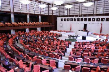 CHP'li vekillerin iç tüzük eylemi devam ediyor
