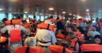 Vapurdaki yolcular can yeleklerini giydi