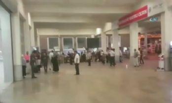 Vatandaşlar Sirkeci Garı'nda mahsur kaldı