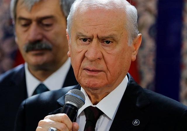 Bahçeli'nin 14 yıllık özel kalemi MHP'den istifa etti