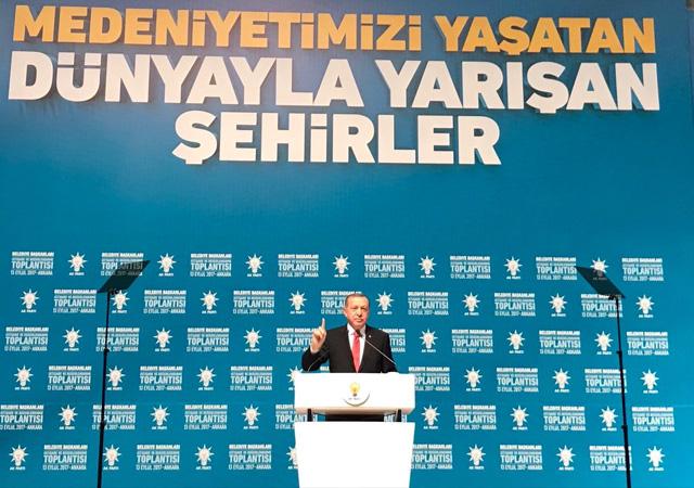 Cumhurbaşkanı Erdoğan: Belediyelerimiz heykelimi değil hizmete yönelik eserler diksin