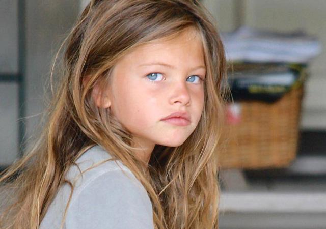 'Dünyanın en güzel kızı' büyüdü! Moda haftasında herkesi büyüledi