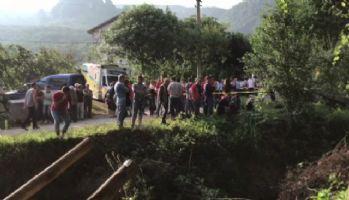 Sakarya'da feci kaza: 7 ölü, 10 yaralı