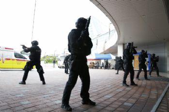 ABD ve Güney Kore'den gövde gösterisi