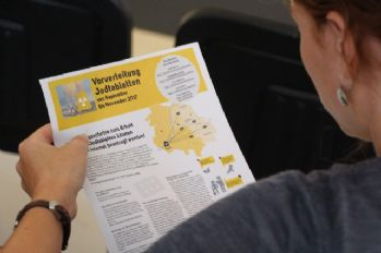 Almanya'da halka iyot hapları dağıtılıyor