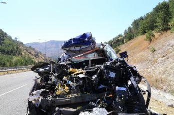 Başkent'te düğün yolunda feci kaza: 5 ölü