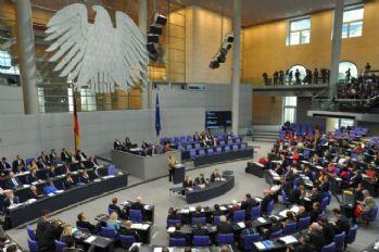 Almanya'da genel seçimler artık 5 yılda bir yapılacak