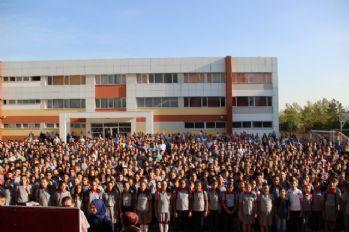 İstanbul Valiliğinden okul saatleriyle ilgili açıklama